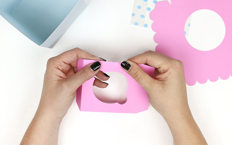 fold at perforations diy paper cupcake box