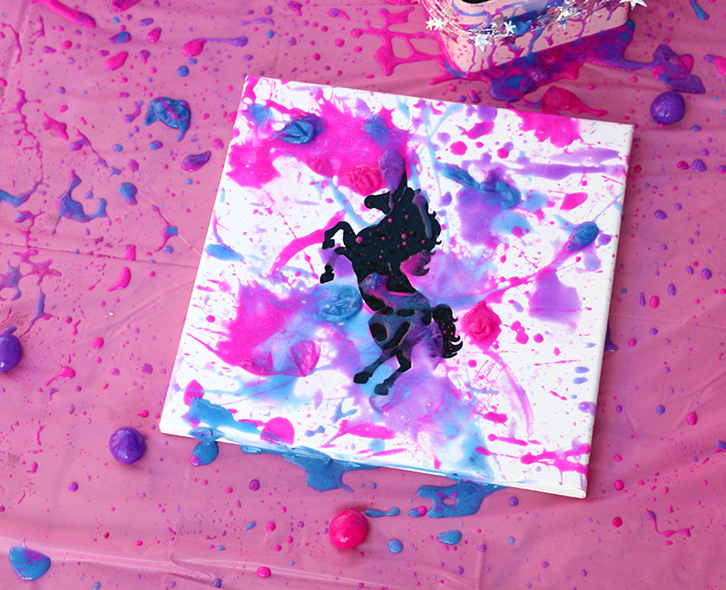 A Cute and Colorful DIY Unicorn Party with Goblies Paint