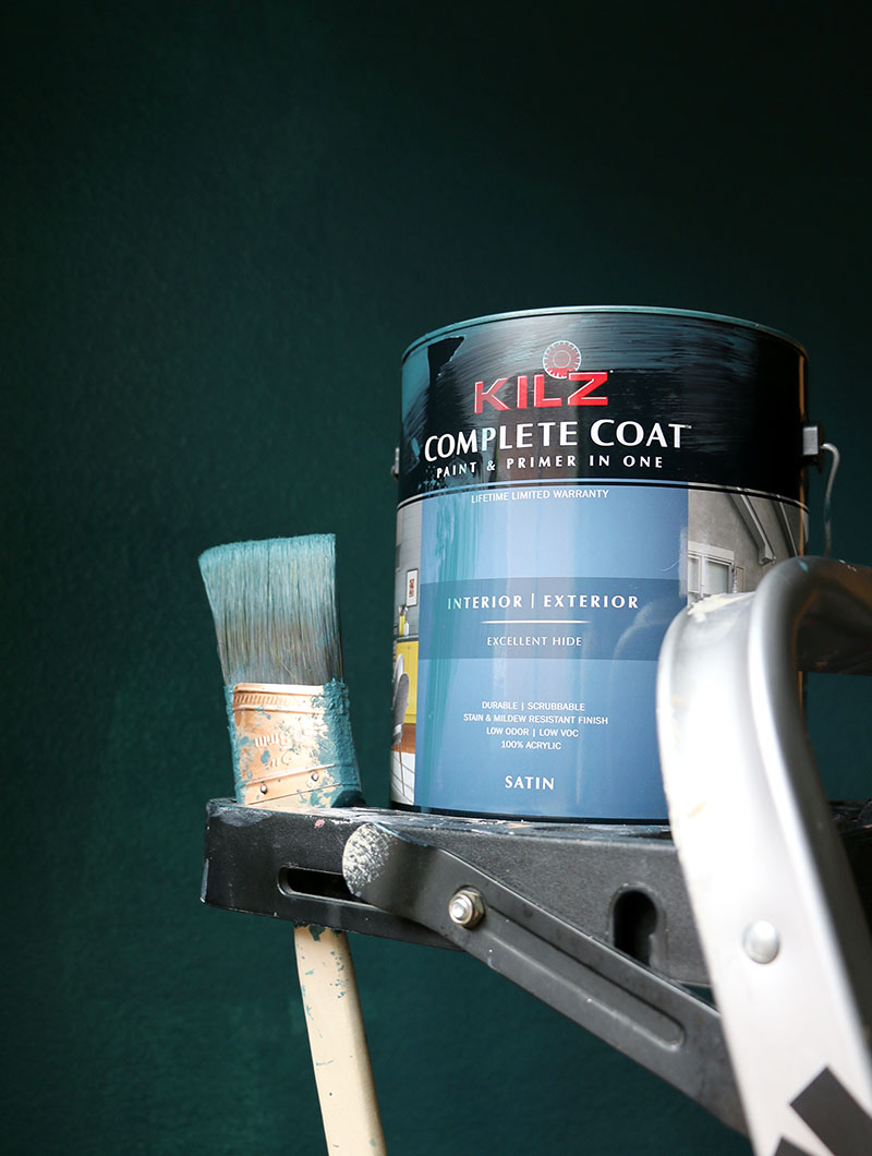 painting dark teal bedroom fathoms below kilz