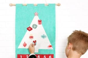 DIY Felt Christmas Tree Advent Calendar