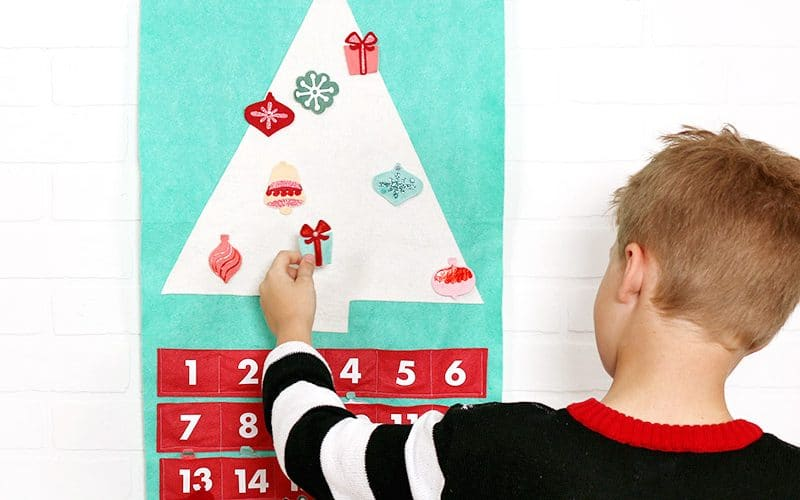 DIY Felt Christmas Tree Advent Calendar